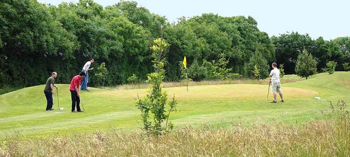 Enjoy golf holidays in Devon at Oakmead