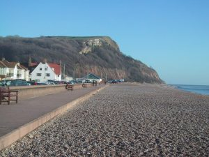 Seaton Seafront By Sarah Charlesworth, CC BY-SA 2.0, https://commons.wikimedia.org/w/index.php?curid=13782398